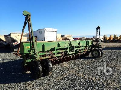 GREAT PLAINS 20 Ft Seed Drill