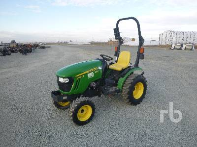 2015 JOHN DEERE 2025R MFWD Utility Tractor