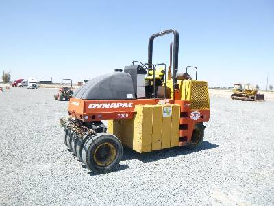 1997 DYNAPAC CP132 9 Wheel Pneumatic Roller