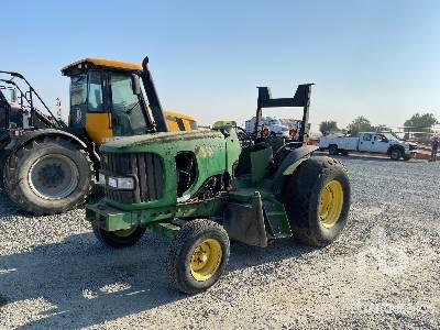 2004 JOHN DEERE 6520 (Inoperable) MFWD Tractor