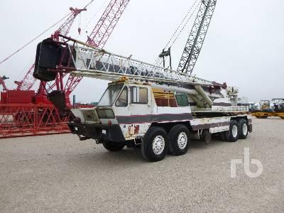 1974 P & H T300 T/A T/A Hydraulic Truck Crane