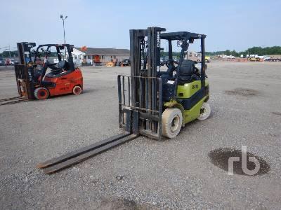 CLARK C25L 4600 Lb Forklift