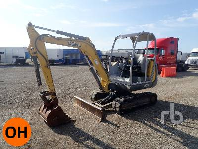 GEHL 303 Mini Excavator (1 - 4.9 Tons)