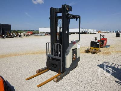 2005 CROWN RR5220-45 4500 Lb Stand Up Electric Forklift