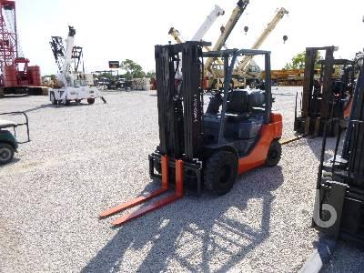 2016 TOYOTA 8FGU25 4850 Lb Forklift