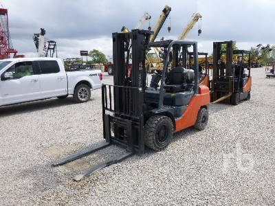 2009 TOYOTA 8FGU30 5620 Lb Forklift