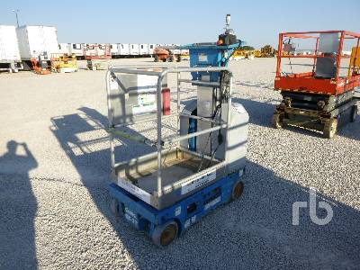 2001 GENIE GR-12 Electric Material Lift