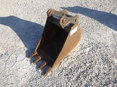 CNH 18 In. Excavator Bucket