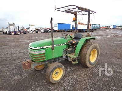 JOHN DEERE 1200 Utility Tractor