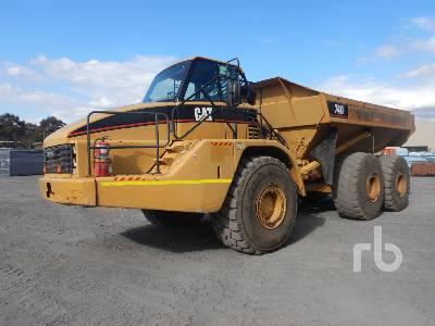 2004 CATERPILLAR 740 6x6 Articulated Dump Truck