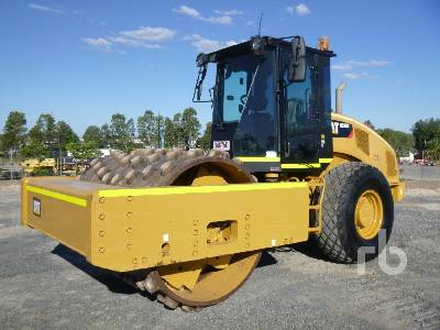2014 CATERPILLAR CS78B Vibratory Roller