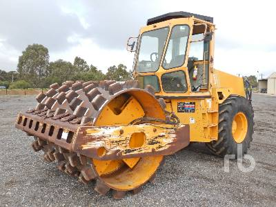 1997 INGERSOLL-RAND SD-115F Vibratory Padfoot Compactor