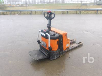 2011 BT TOYOTA LPE200 Electric Pallet Jack