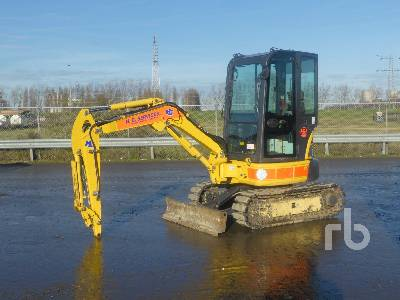 2016 KOMATSU PC26MR-3 Mini Excavator (1 - 4.9 Tons)