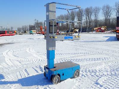 2002 UPRIGHT TM12 Electric Vertical Manlift Boom Lift