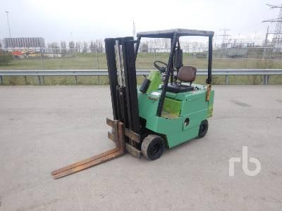 CLARK H500Y 30PD Forklift (Inoperable) Forklift
