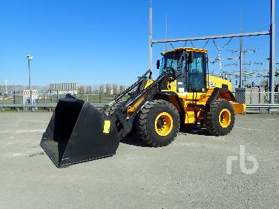 2013 JCB 437HTT4 Wheel Loader