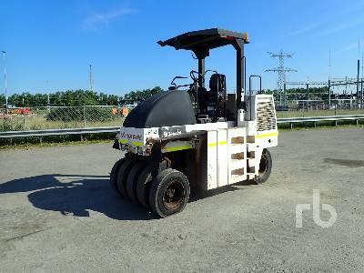 2010 DYNAPAC CP142 9 Wheel Pneumatic Roller