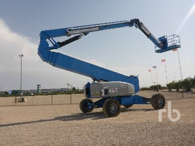 2006 GENIE Z-135 4x4x4 Articulated Boom Lift
