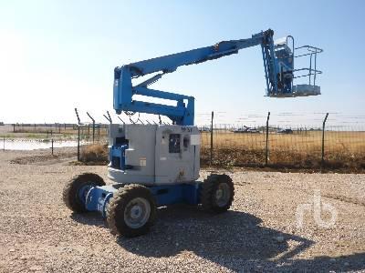 2003 GENIE Z34/22 4x4 Articulated Boom Lift