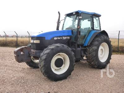 2000 NEW HOLLAND TM135 MFWD Tractor
