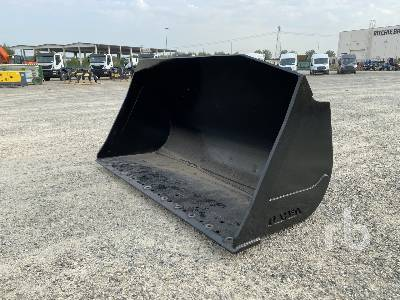 ROMEA Q/C 2900 mm Wheel Loader Bucket