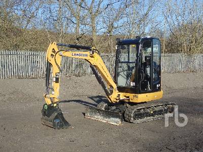 2019 CATERPILLAR 302.7D CR Mini Excavator (1 - 4.9 Tons)