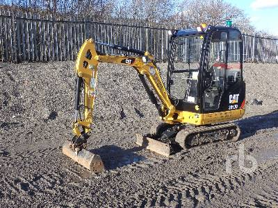 2017 CATERPILLAR 301.7D Mini Excavator (1 - 4.9 Tons)
