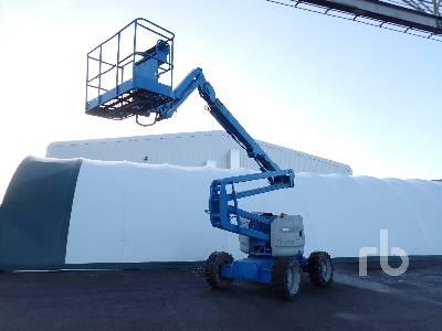 2004 GENIE Z45/25 4x4 Articulated Boom Lift