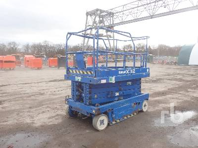 2001 UPRIGHT X32 Scissorlift
