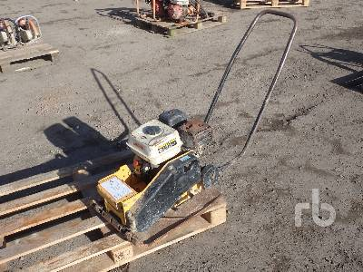 2005 BOMAG BP18/45-2 Plate Compactor