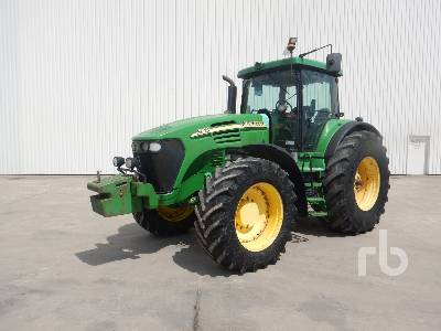 2004 JOHN DEERE 7920 4WD Agricultural Tractor MFWD Tractor