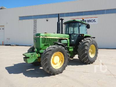 1989 JOHN DEERE 4955 4WD Agricultural Tractor MFWD Tractor