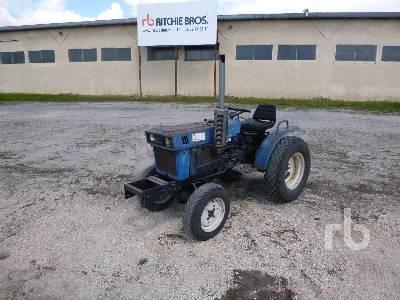 ISEKI TX2140 4x4 Tracteur Utilitaire 4WD Utility Tractor