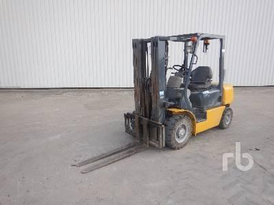 2000 KOMATSU FD25T-12 2070 Kg Forklift