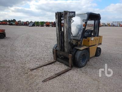 1990 CAT V50D 2500 Kg Forklift