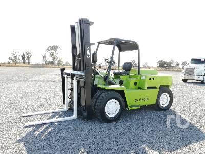 CLARK C500Y100 10000 Lb Forklift