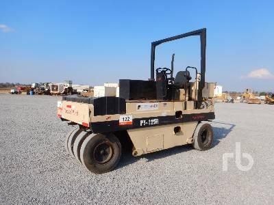 2000 INGERSOLL-RAND PT125R 9 Wheel Pneumatic Roller
