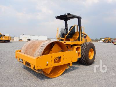 2009 CATERPILLAR CS533E Vibratory Roller