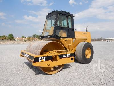 1988 CATERPILLAR CS553 Vibratory Roller