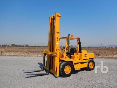 CLARK C500 15000 Lb Forklift
