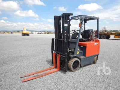 2009 TOYOTA 7FBCU32 5700 Lb Electric Forklift