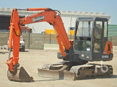 DOOSAN DH55-V Midi Excavator (5 - 9.9 Tons)