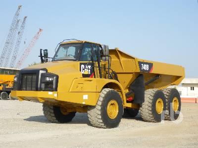 2011 CATERPILLAR 740B 6x6 Articulated Dump Truck