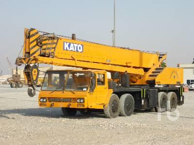 KATO NK500E 50 Ton 8x4x4 Hydraulic Truck Crane