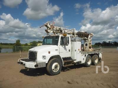 2003 FREIGHTLINER FL80 T/A w/Terex Commander 4045 Digger Derrick Truck