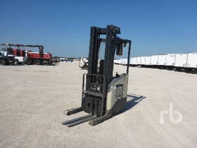 2009 CROWN RR5225-45 4500 Lb Electric Order Picker Electric Forklift