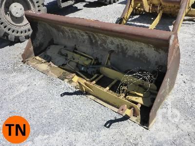 CATERPILLAR 416C 88 In. Loader Backhoe Bucket