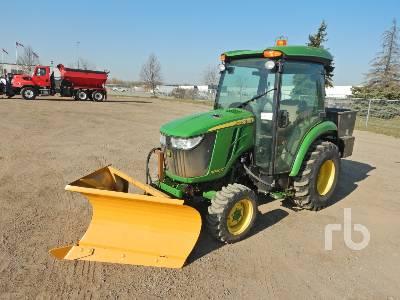 2017 JOHN DEERE 3046R MFWD Utility Tractor