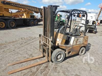 YALE GLP030BDJUAE070 3000 Lb Forklift